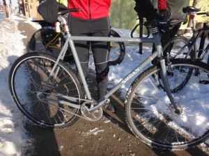 A great example of singlespeed cyclocross bike ready for winter riding. PHOTO BY KIERSTIN KLOECKNER